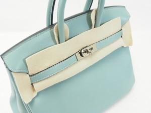 バッグの蓋の部分の保護する当て布