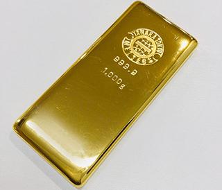 ※金のインゴットの画像です。