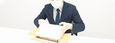 キャンセルご返送の場合も、飛沫・接触感染対策を行った環境でお品物を梱包・発送いたします。