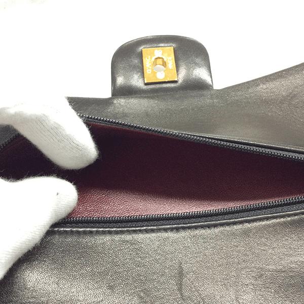 本物(1995年製造のラムスキン)のポケット